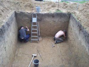 kotlovan-pod-fundament-svoimi-rukami-987654323456789098