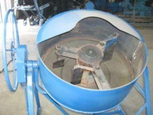 betonomeshalka-svoimi-rukami-5