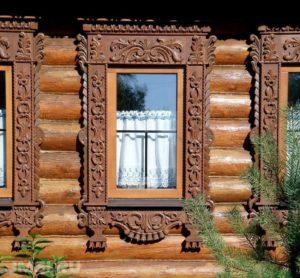 derevyannye-nalichniki-na-okna-foto-2