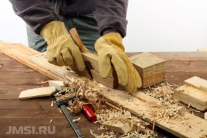 laminat-svoimi-rukami-na-derevyannyj-pol-video-instruktsiya-5