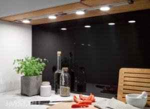 svetodiodnye-svetilniki-nakladnoj-svetilnik-vstroennye-svetilniki-5