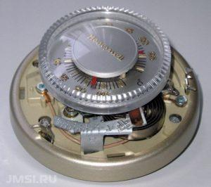 termoregulyator-s-datchikom-temperatury-8765431234