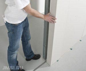 ustanovka-razdvizhnyh-mezhkomnatnyh-dverej-foto-video-poshagovaya-instruktsiya-9876532234567