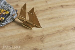vinilovyj-laminat-pokrytie-dlya-pola-foto-video-sovety-po-ukladke-87654323456653223