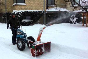 Устройство снегоуборщика