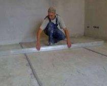 Заливка бетонного пола в помещении