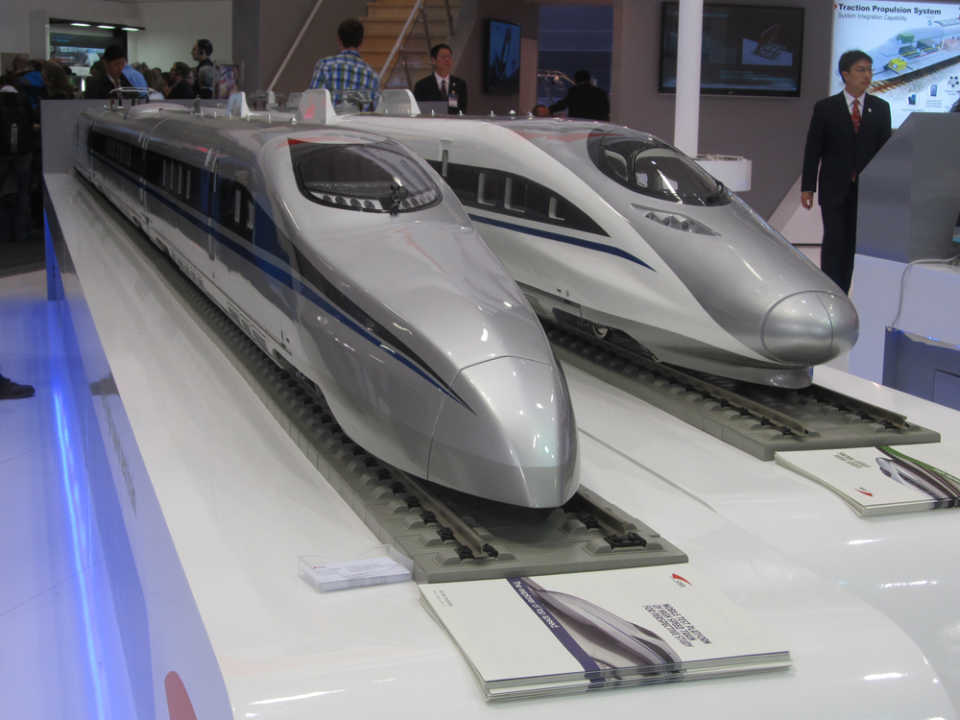 "China demonstrates a two-tier ""intercontinental"" train for the Beijing-Berlin line"