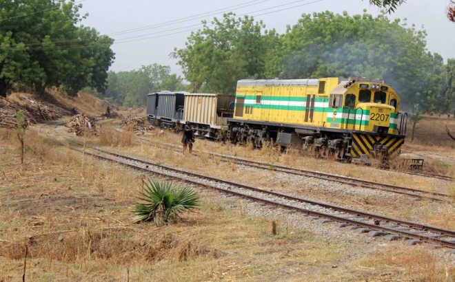 Крупную легкорельсовую железную дорогу в нигерийском штате Кано будет строить китайская компания