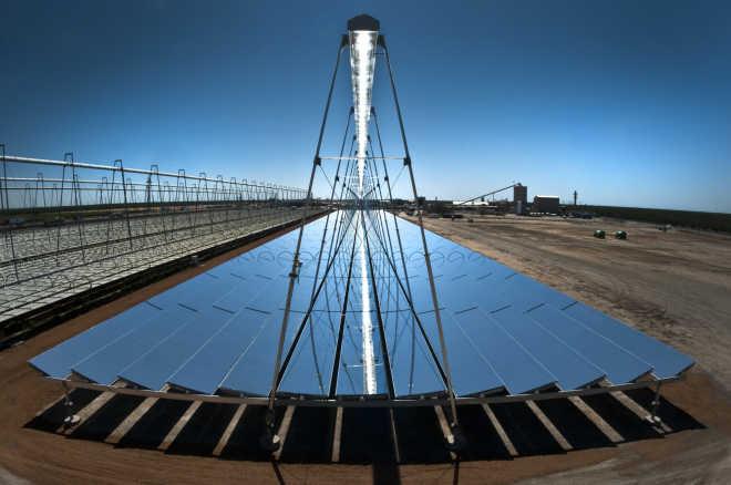 «Самый большой солнечный парк» будет построен на юге Индии