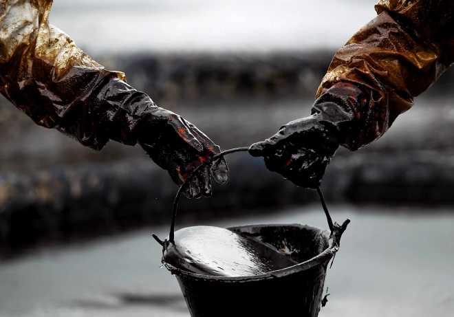 нефтяных запасов в России