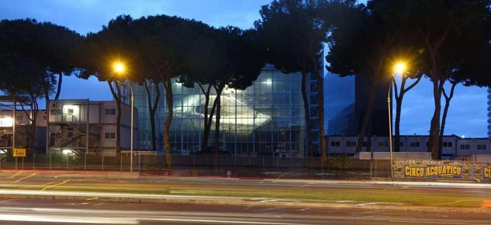Studio Fuksas завершила строительство огромного конгресс-центра в Риме