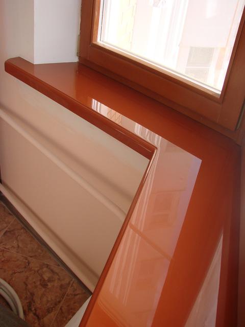 Пластиковые и деревянные подоконники