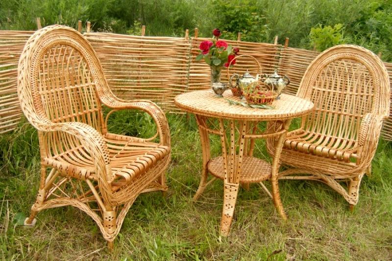 Отличие плетеной мебели от пластиковой