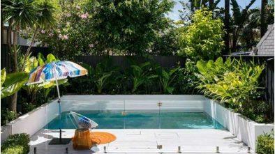 Bilder pool kleinen garten glas gelaender scghutz tropisch bepflanzung 1